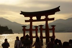 hiroshima_itsukushima_shrine_31_djp